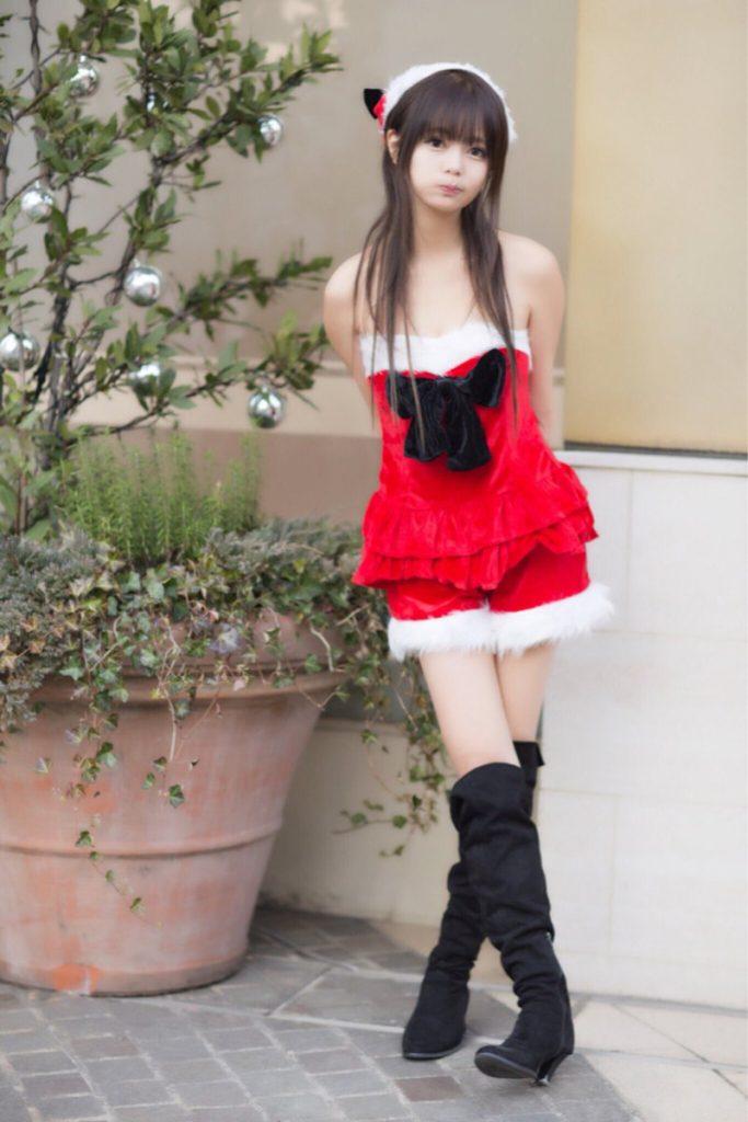 サンタ服のエロ可愛いコスプレ画像 04