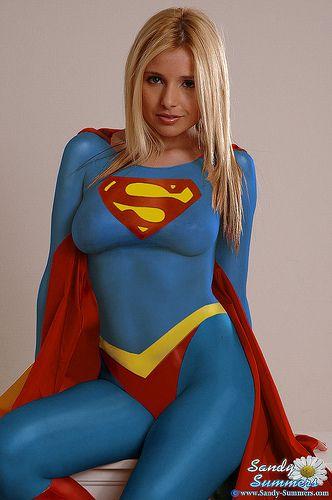 スーパマン(女性) スーパーガールのコスプレ画像 05