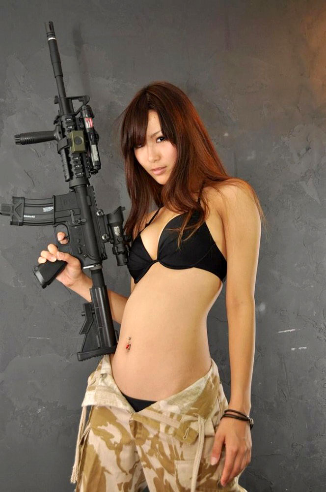 軍人・アーミースタイルのエロいコスプレに敬礼!な画像まとめ 13