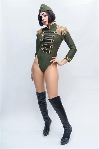 軍服レオタードのエロいコスプレ画像 02