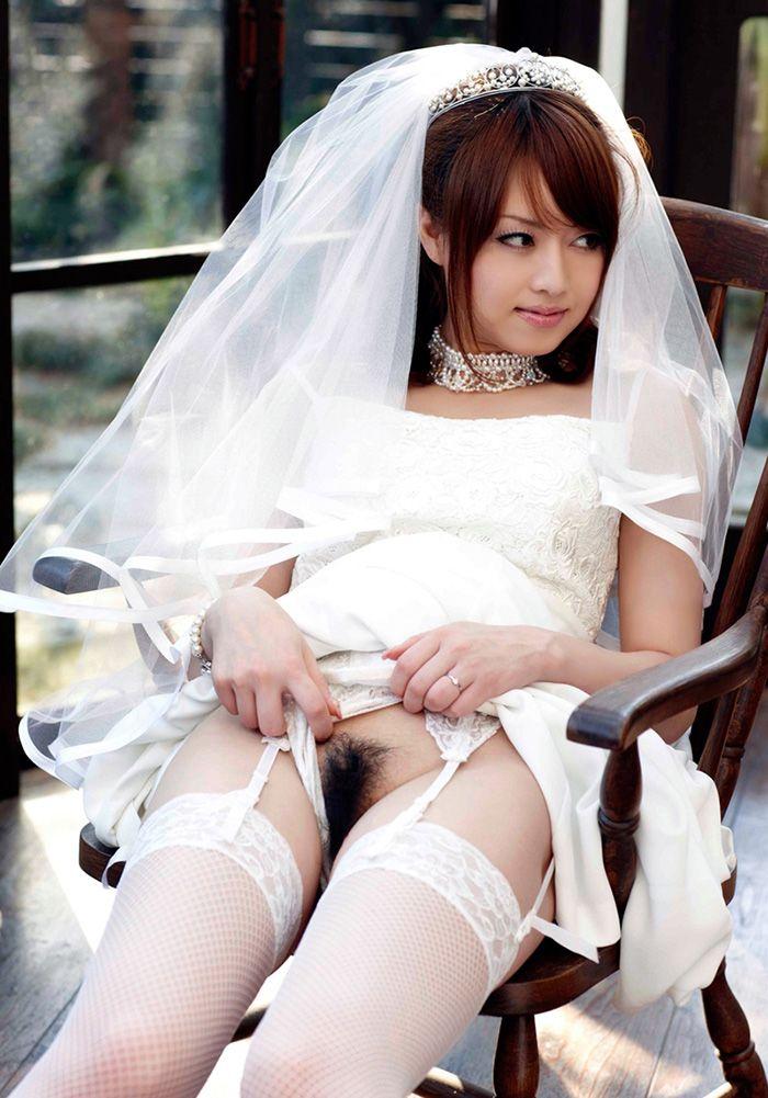 セクシーウェディングドレスのエロいコスプレ 07