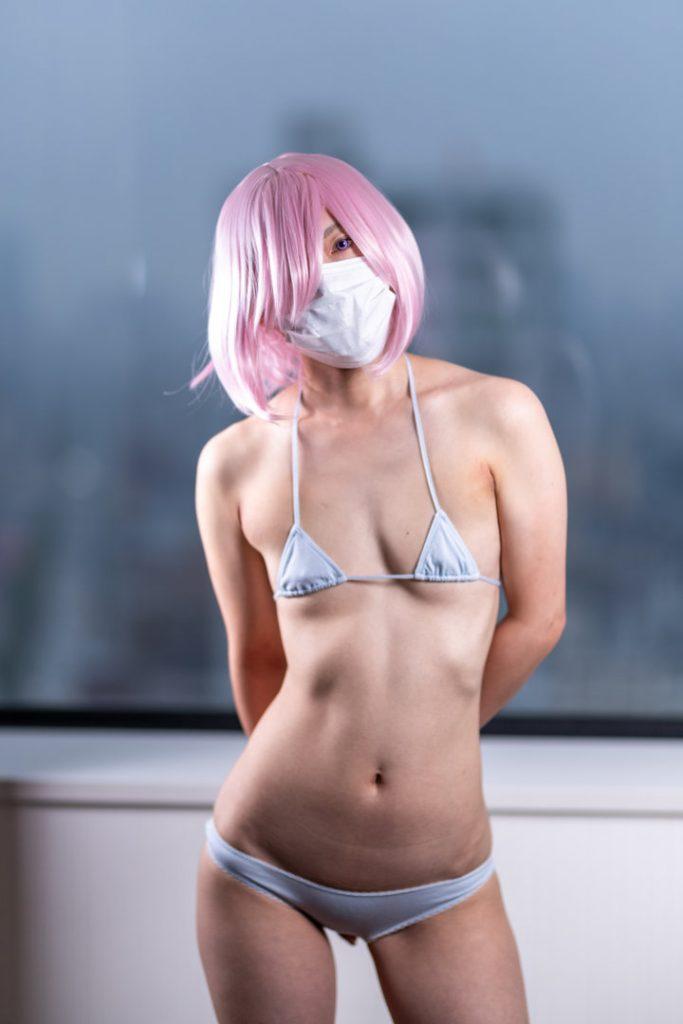 マスクをつけているエロいコスプレ 19